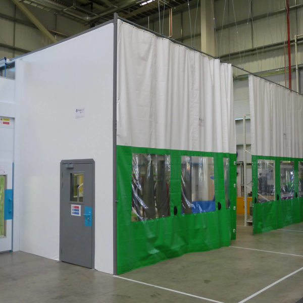Flexicurtain_Niftylift_FR630-white_FR610_lime-green_2016