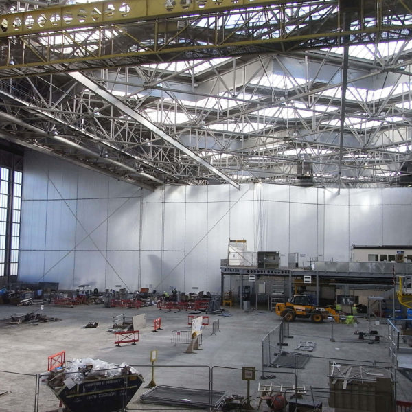 Flexiscreen_white_airhanger