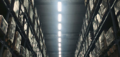The adverse effects of roof light glare in warehouses