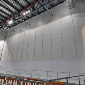 Pharmaceutical manufacturer facility with Flexiscreen installation